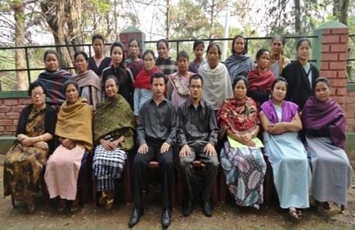 Nongsder village People